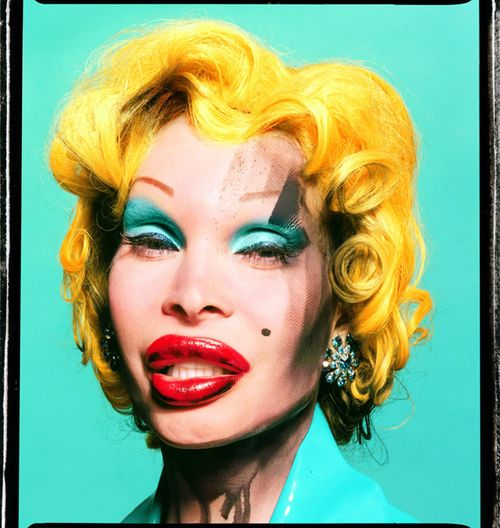 01_Amanda-as-Andy-Warhols-Marilyn_2002